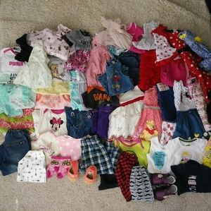 Baby girl's clothes bundle